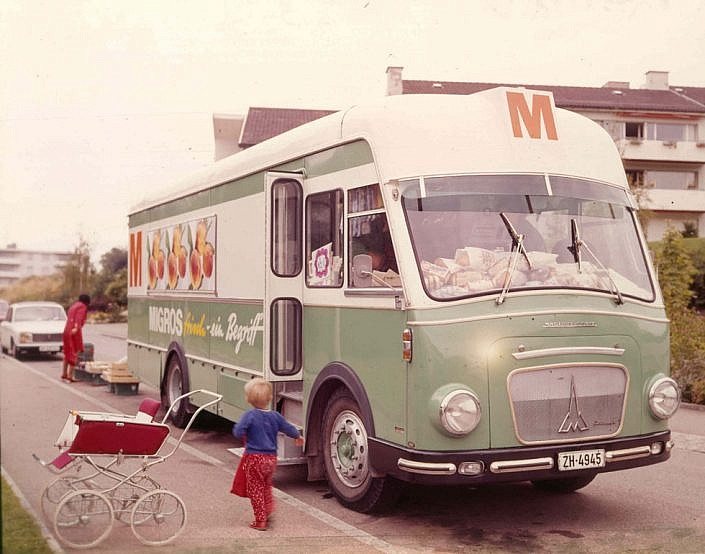 Rolling Migros Bus 1925-2007